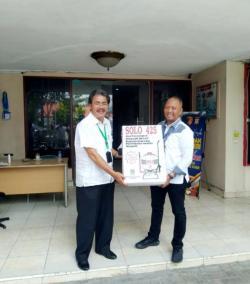 APHI-Riau Serahkan 100 Alat Penyemprot Disinfektan Melalui Polda Riau