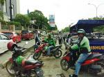 Parkir Liar dan PKL Samping Mal SKA Kembali Marak