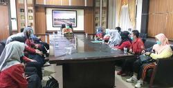 Datangi Bupati Kuansing, Pegawai Puskesmas Lubuk Ambacang Minta Kapusnya Dinonaktifkan