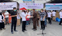 SKK Migas-KKKS Berikan Bantuan Paket Sembako