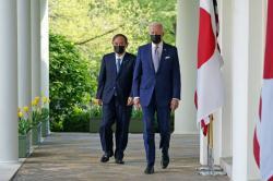 Joe Biden dan PM Jepang Suga Jalin Persatuan Hadapi Ketegasan Cina