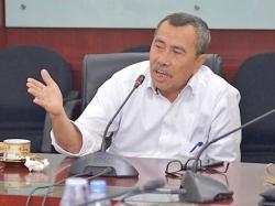Duka Cita Gubernur Riau untuk Wawako Dumai Amris