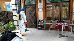 Aktifkan Pos PPKM dan Gelar Penyemprotan Disinfektan