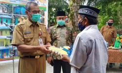 Bupati Serahkan 20 Unit Bantuan Stimulan Perumahan Swadaya