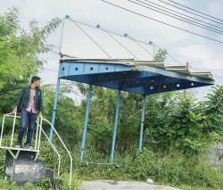 Atap Halte Tak Kunjung Diperbaiki