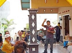 Indra Gunawan Janjikan Gaji Guru Honor UMP jika Terpilih