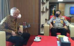 Desak Menkes Segera Kirim Vaksin, Andi Rachman: Tambah Kuota Riau