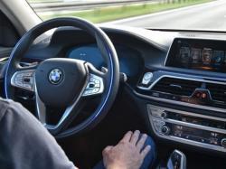 Orang Amerika Masih Belum Percaya Teknologi Mobil Otonom