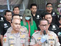 Hindari Bullyan, Polisi Tahan Lucinta Luna di Sel Khusus