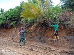 Bangun Infrastruktur Enam Desa di Empat Kecamatan