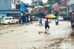 Diterjang Banjir Bandang, Parapat Lumpuh