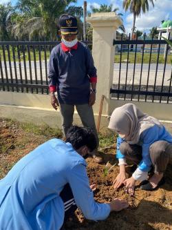 Mahasiswa KKN Unri Akhiri Pengabdian di Batu Bersurat