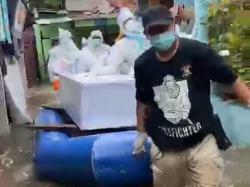 Banjir, Proses Pemakaman Jenazah Pasien Covid-19 Hadapi Kendala