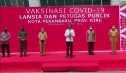 Presiden Instruksikan Perbanyak Stok Vaksin di Pekanbaru dan Dumai