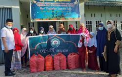 GAPKI Riau Santuni Dua Panti Asuhan di Pekanbaru