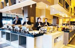 Makan Sepuasnya di Restaurant Food Exchange Novotel Pekanbaru