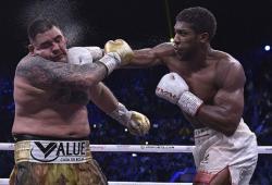 Duel Perebutan Sabuk Juara Dunia Sejati Bisa Berlangsung di Saudi