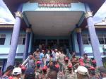 Demonstran Sweeping Kantor Dinas PUPR Kampar Cari Kepala Dinas