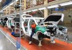 Dihantam Virus Corona, Pasar Mobil Cina Runtuh