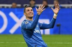 Dikaitkan dengan PSG, Ronaldo Justru Masih Betah di Juventus