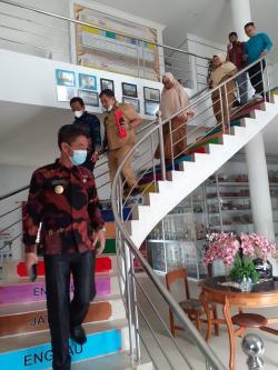 Mengabdi Puluhan Tahun, Para Guru Layak Diangkat Sebagai PPPK