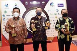 Bank Riau Kepri Raih 4 Award di Top BUMD 2021
