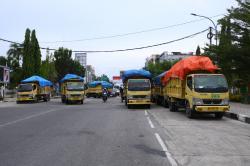 Bawa Truk Berisi Sampah, Petugas Pengangkut Datangi Rumdin Wako