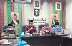 Polemik Pimpinan BUMD, LAM Riau Minta Semua Pihak Menahan Diri