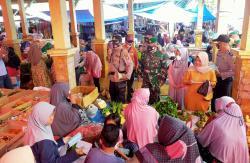 Patuhi Prokes, Polsek Hulu Kuantan Sisir Pasar
