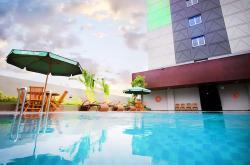 Nikmati Keseruan Pergantian Tahun di Ayola First Point Hotel Pekanbaru