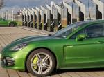 Porsche Buka Stasiun Pengisian Listrik Umum Fast Charging Paling Kuat