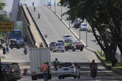 Jembatan Siak IV Sempat Ditutup