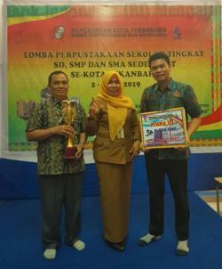 SMK Abdurrab Raih Juara III Lomba Perpustakaan Se-Pekanbaru