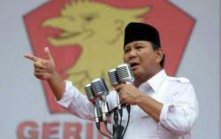 Oposisi atau Masuk Kabinet, Probowo Belum Putuskan