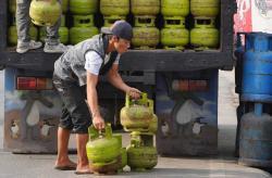 Pemerintah Rencana Ubah Skema Subsidi Terapan Gas Elpiji 3 KG