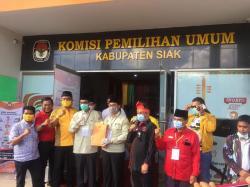 Berkas Arif-Sujarwo Lengkap dan Diterima KPU Siak