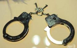 Ditangkap karena Kritis, Warga Net Minta Polisi Bebaskan Ravio Patra