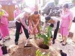 Polsek Tualang Hijaukan Kampung Pinang Sebatang