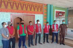 Kadis PMD dan Lima Kades Dieksekusi ke Rutan Rengat