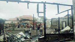 Delapan Rumah di Kampung Wisata Pesisir Terbakar