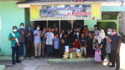 Riau Pos Berbagi dengan Panti Asuhan