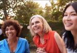 Geng Ibu-ibu Usia Paruh Baya Tetap Eksis