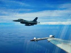 F-16 Rydder Operasi Rutin dari Lanud Rsn Pekanbaru