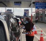 Tim Asongan Isi Ulang Saldo di Gerbang Keluar Tol Permai Diturunkan