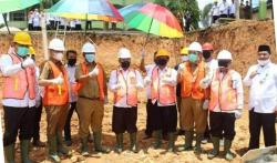 Pjs Bupati dan Kemenag Riau Letakkan Batu Pertama
