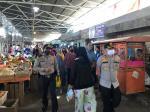 Polisi Pastikan New Normal di Pasar Dupa Terapkan Protokol Kesehatan
