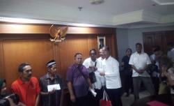 Lima Pedagang Korban Rusuh 21 dan 22 Mei Disantuni Kementerian Sosial