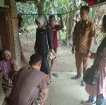 Juniwarti Kunjungi Siswa Penderita TBC