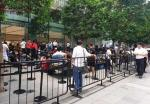 Dijual Besok, Antrean Pembeli iPhone 11 Mengular di Orchard Road
