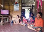 Rapi, Bersih, Tertata dengan Bunga Depan Rumah
